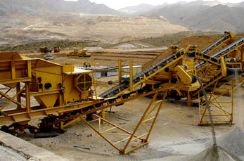 Portable crusher processing construction waste crushing